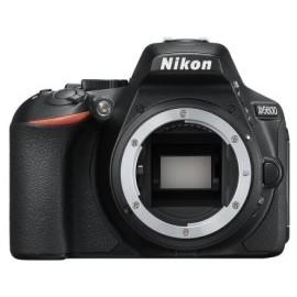 Nikon D5600 + Tamron 18-200mm