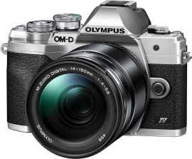 Olympus E-M10 Mark IV + 14-150 mm