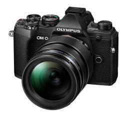Olympus E-M5 Mark III + 12-40 mm PRO