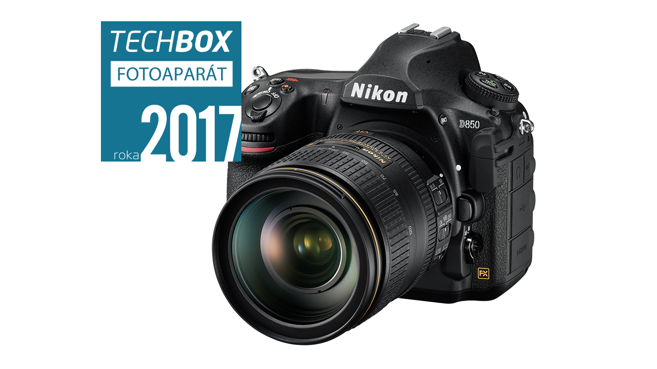 TECHBOX FOTOAPARAT roka 2017.jpg